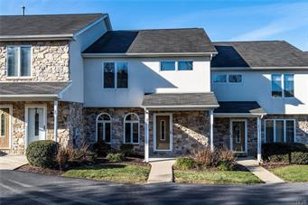 21 CHESTNUT COMMONS CT, Easton, PA 18040 - Photo 2