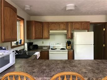 124 MOHICAN TRL, Tobyhanna Twp, PA 18347 - Photo 2