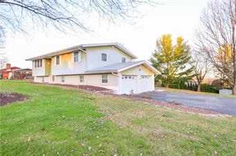 548 HILLDALE DR, Moore Twp, PA 18014 - Photo 1
