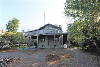 143 LINDBERGH CIR, Penn Forest Township, PA 18210 - Photo 2