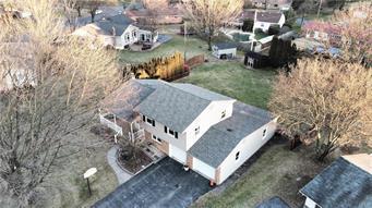 1611 CHIPPENDALE CIR, Hanover Twp, PA 18017 - Photo 2