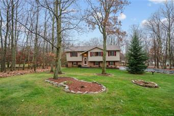 1170 N ROCKY MOUNTAIN DR, Chestnuthill Twp, PA 18330 - Photo 1