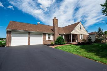 4115 VALLEY DR, South Whitehall Twp, PA 18104 - Photo 1