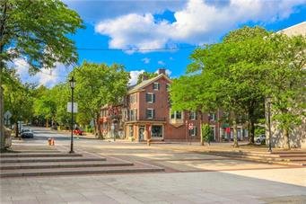 402 N NEW ST, Bethlehem City, PA 18018 - Photo 2