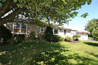 601 GROUSE DR, Moore Twp, PA 18014 - Photo 2