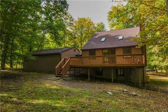 119 QUAIL CT, Pike County, PA 18324 - Photo 2