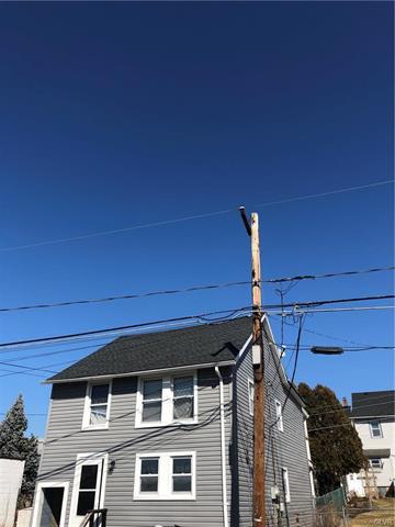 1050 LIMESTONE ST, North Catasauqua Bor, PA 18032 - Photo 2