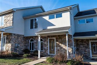 21 CHESTNUT COMMONS CT, Easton, PA 18040 - Photo 1