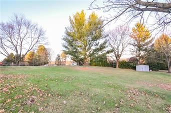 548 HILLDALE DR, Moore Twp, PA 18014 - Photo 2