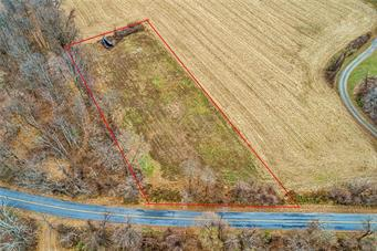 6484 TOLLGATE RD, Upper Milford Twp, PA 18092 - Photo 2