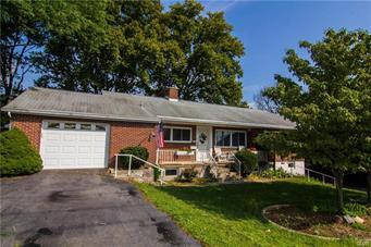 914 RACE ST, Catasauqua Borough, PA 18032 - Photo 1