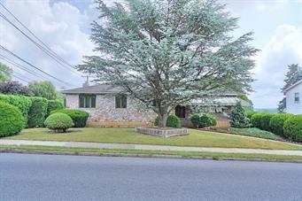 1043 N 12TH ST, Allentown City, PA 18102 - Photo 2