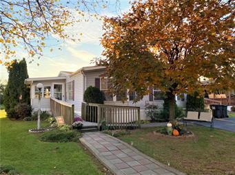 163 BENTWOOD CIR, East Allen Twp, PA 18014 - Photo 2