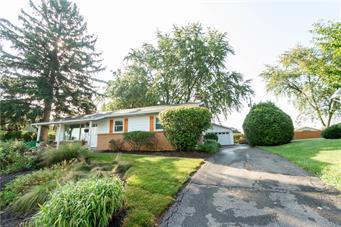 2018 DONNA DR, South Whitehall Twp, PA 18104 - Photo 2