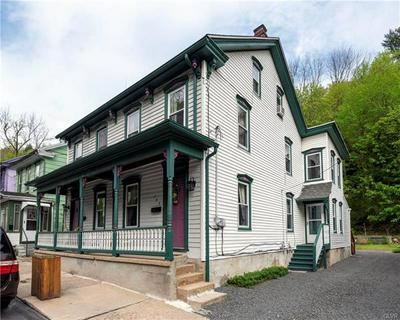 284 W BROADWAY, Jim Thorpe Borough, PA 18229 - Photo 1
