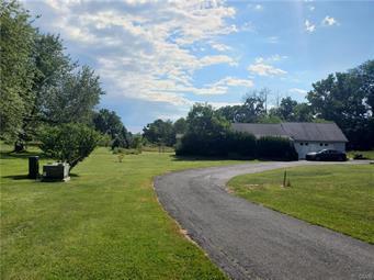 549 CHERRYVILLE RD, Lehigh Township, PA 18067 - Photo 2