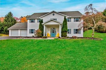 285 CHIPPERFIELD DR, Chestnuthill Twp, PA 18330 - Photo 1