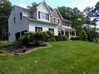 180 SUMMIT RD, Pocono Twp, PA 18370 - Photo 2