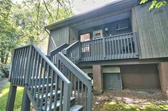 4 SKI SIDE CT # 4, Pocono Twp, PA 18372 - Photo 2