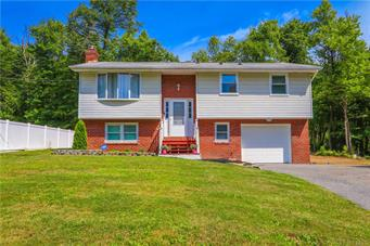 1450 BLUE MOUNTAIN DR, Lehigh Township, PA 18038 - Photo 2