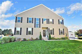 5332 SPRING RIDGE DR E, Lower Macungie Twp, PA 18062 - Photo 2