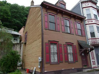 63 RACE ST, Jim Thorpe Borough, PA 18229 - Photo 2