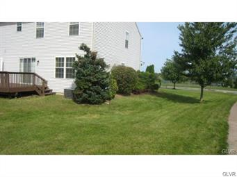 1230 SILO DR, Forks Twp, PA 18040 - Photo 2