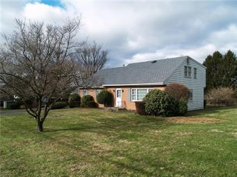 1677 BEVERLY HILLS RD, Coopersburg Borough, PA 18036 - Photo 2