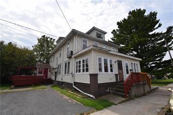 417 IRON ST, Lehighton Borough, PA 18235 - Photo 1