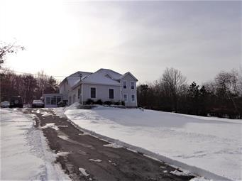 1681 ALLEGHENY DR, Tunkhannock Township, PA 18610 - Photo 2