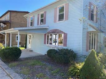 190 MAIN ST, Parryville Borough, PA 18244 - Photo 2