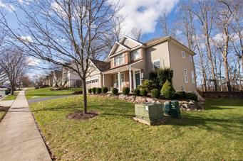 3154 OVERLOOK DR, Lower Macungie Twp, PA 18049 - Photo 2