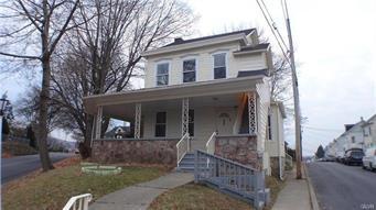 433 PHILADELPHIA RD, Easton, PA 18042 - Photo 1