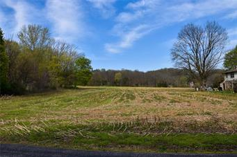 6880 TOLLGATE RD, Upper Milford Twp, PA 18092 - Photo 1