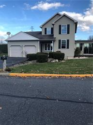 15 CROWN DR, Forks Twp, PA 18040 - Photo 1