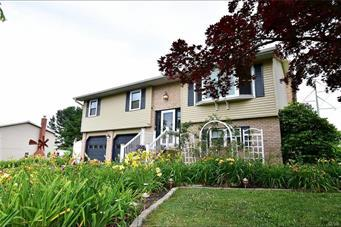 320 CRESSMAN DR, Upper Macungie Twp, PA 18104 - Photo 1