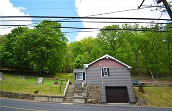 1503 VALLEY RD, Schuylkill County, PA 18252 - Photo 2