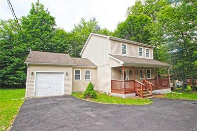 1070 COUNTRY PLACE DR, Coolbaugh Township, PA 18466 - Photo 2