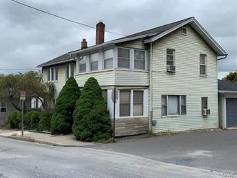 109 S WALNUT ST, Slatington Borough, PA 18080 - Photo 2