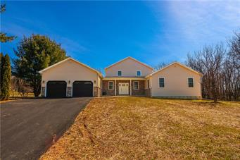1390 NECTARINE RD, Lehigh Township, PA 18038 - Photo 1
