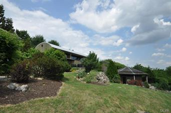 4670 OVERLOOK RD, North Whitehall Twp, PA 18037 - Photo 2