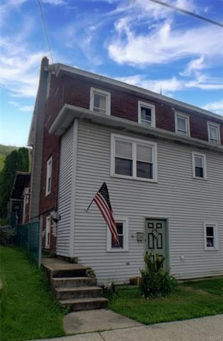 317 E CATAWISSA ST, Nesquehoning Borough, PA 18240 - Photo 1