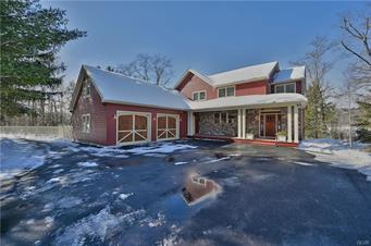 513 RESICA FALLS RD, Middle Smithfield Twp, PA 18302 - Photo 1