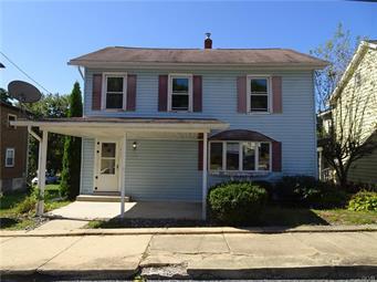 190 MAIN ST, Parryville Borough, PA 18244 - Photo 1