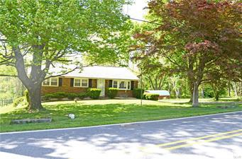 90 PASSMORE RD, Washington Twp, PA 19505 - Photo 1