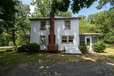 27 STONEWALL RD, Concord, VA 24538 - Photo 2