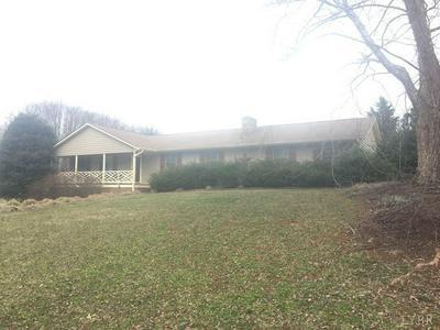 414 HOLLY HILLS DR, Altavista, VA 24517 - Photo 2