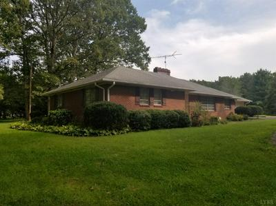 5932 OAKVILLE RD, Appomattox, VA 24522 - Photo 2