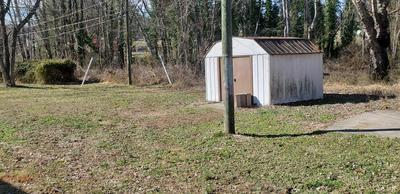 229 MORRIS AVE, Appomattox, VA 24522 - Photo 2