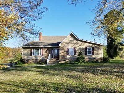 8864 RED HOUSE RD, Appomattox, VA 24522 - Photo 2